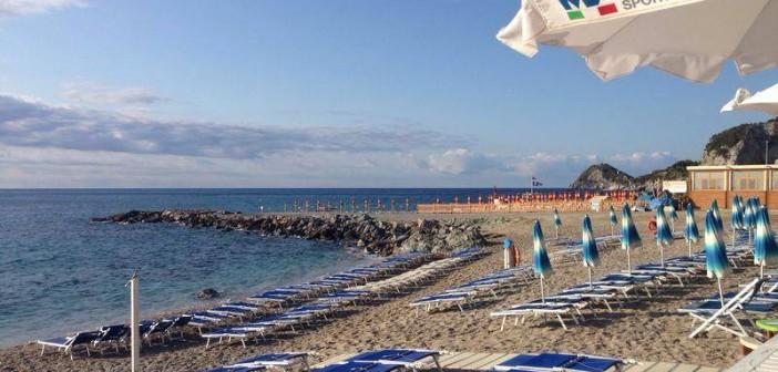 Spiaggia Libera Attrezzata MareSport Bergeggi – il Sup nell'Area Marina Protetta –