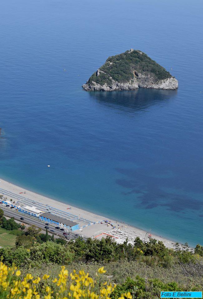 elena isola 1